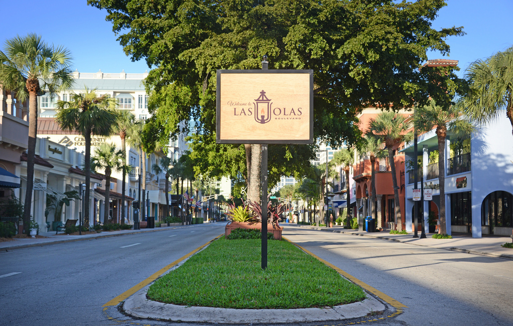 Living Large On Las Olas Boulevard Sabbia Beach Condos